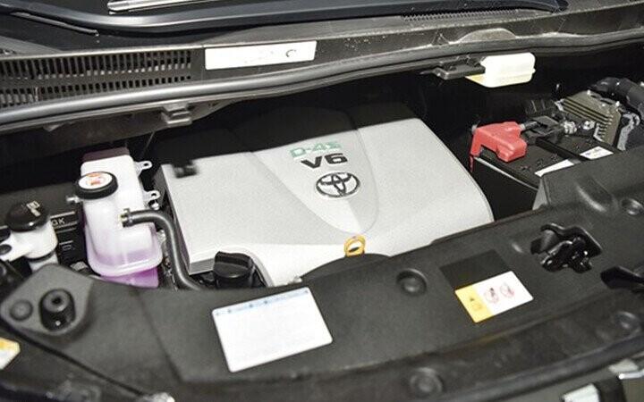 Xăng V6 3.5L 24 van mạnh mẽ