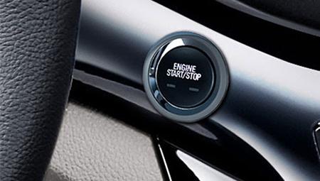 Chức năng mở cửa xe và khởi động không cần chìa chỉ với chìa khóa thông minh và nút Start/Stop