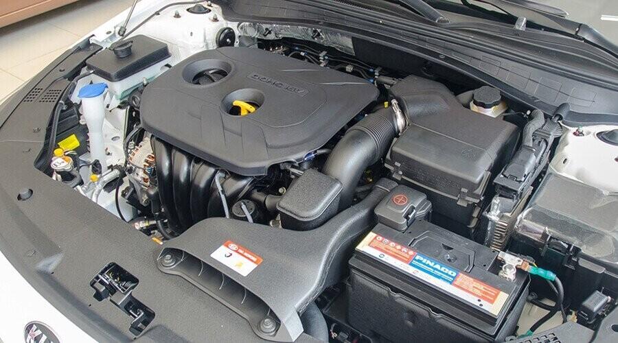 Động cơ xăng Nu 2.0 mạnh mẽ khi di chuyển
