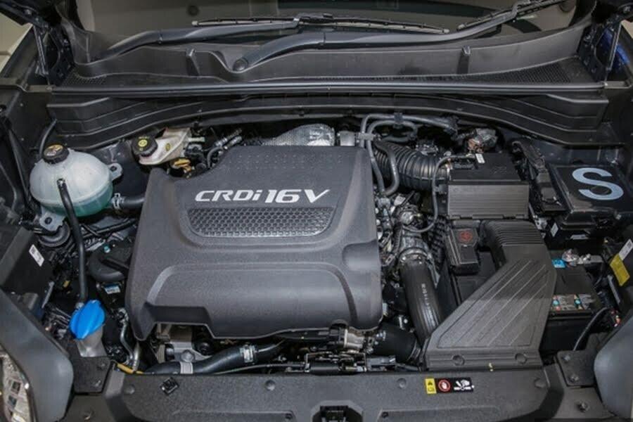 Động cơ Dầu Diesel CRDi 1.7L DOHC 16 van mạnh mẽ