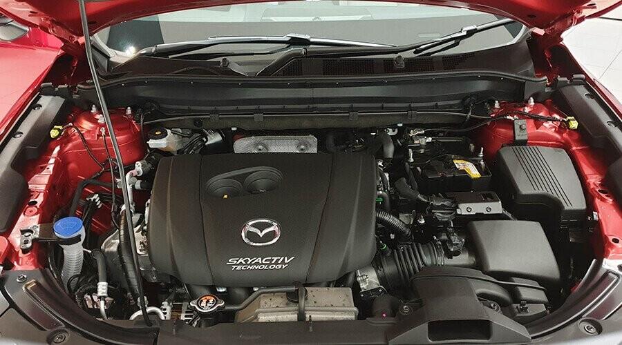 Động cơ Mazda CX-8 vận hành mạnh mẽ