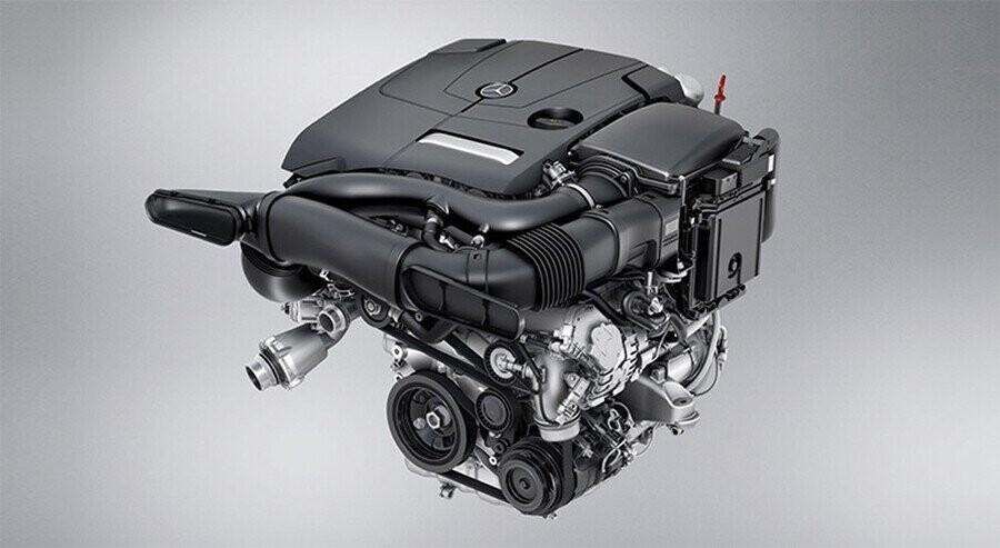van-hanh-mercedes-benz-glc-300-4matic-coupe-01.jpg