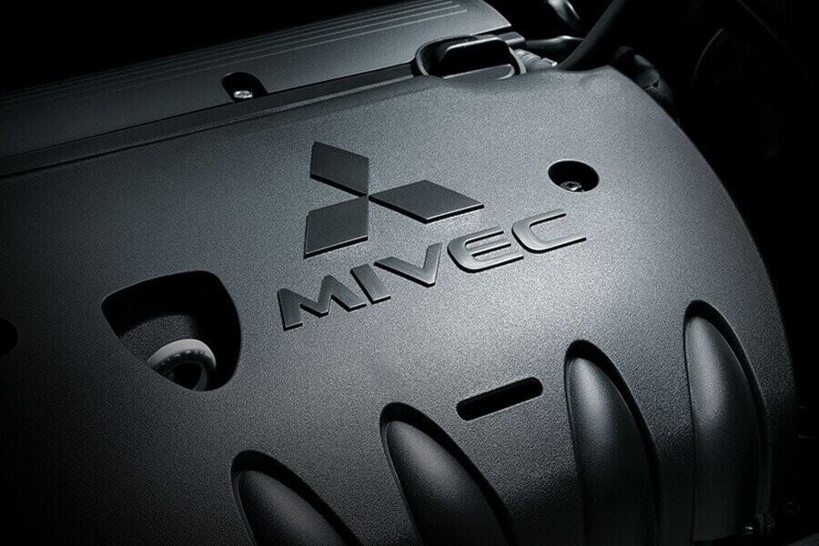 Vận hành Mitsubishi Outlander CVT 2.4 Premium - Hình 1