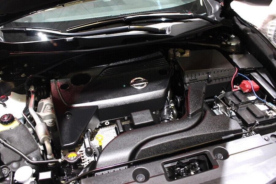 Động cơ DOHC 16 van 4 xylanh thẳng hàng