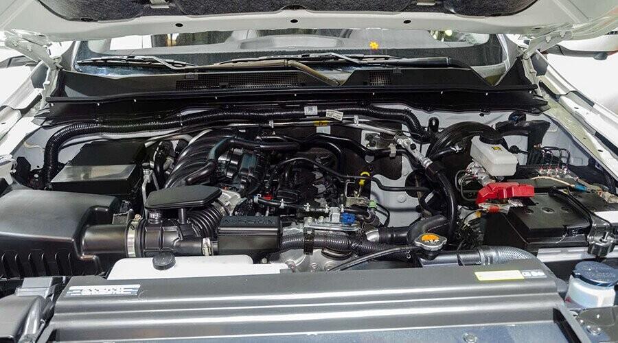 Động cơ Nissan Terra vận hành mạnh mẽ