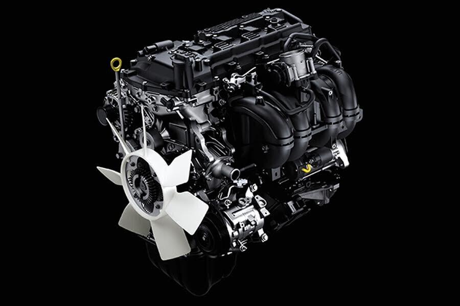 Vận hành Toyota Fortuner 2018 2.4 4x2 AT - Hình 1