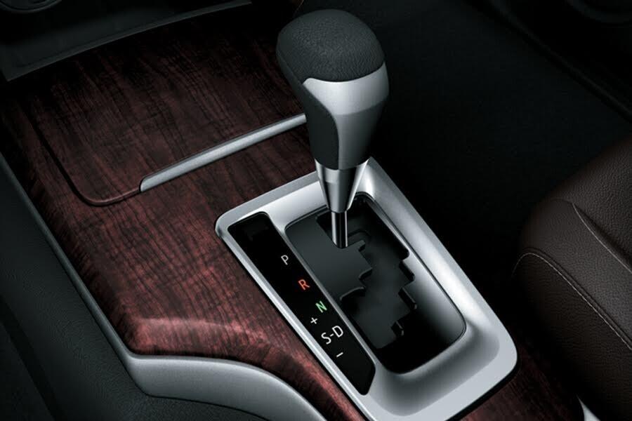 Vận hành Toyota Fortuner 2.8V 4x4 - Hình 2