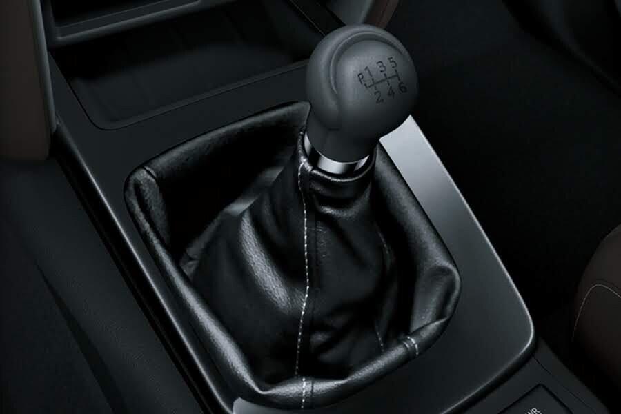 Vận Hành Toyota Fortuner 2.4G 4x2 MT - Hình 2