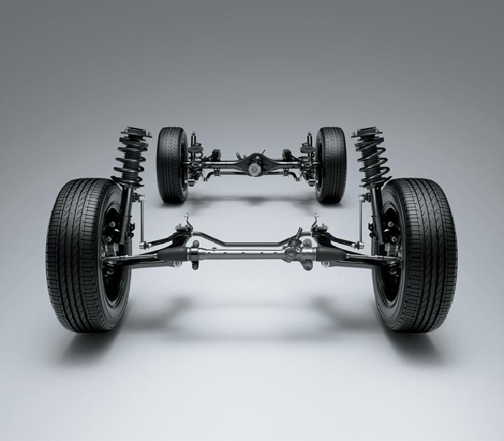 Hệ thống treo trước độc lập Macpherson giúp xe vận hành êm dịu