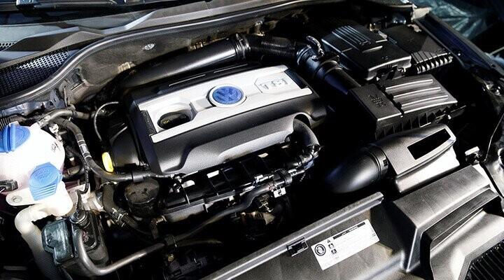 Xe được trang bị loại động cơ phun xăng trực tiếp có tăng áp khí nạp TSI