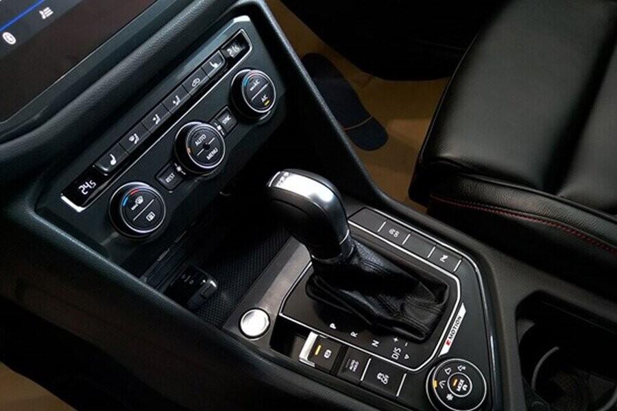 Xe được trang bị hộp số tự động DSG 7 cấp tiết kiệm nhiên liệu