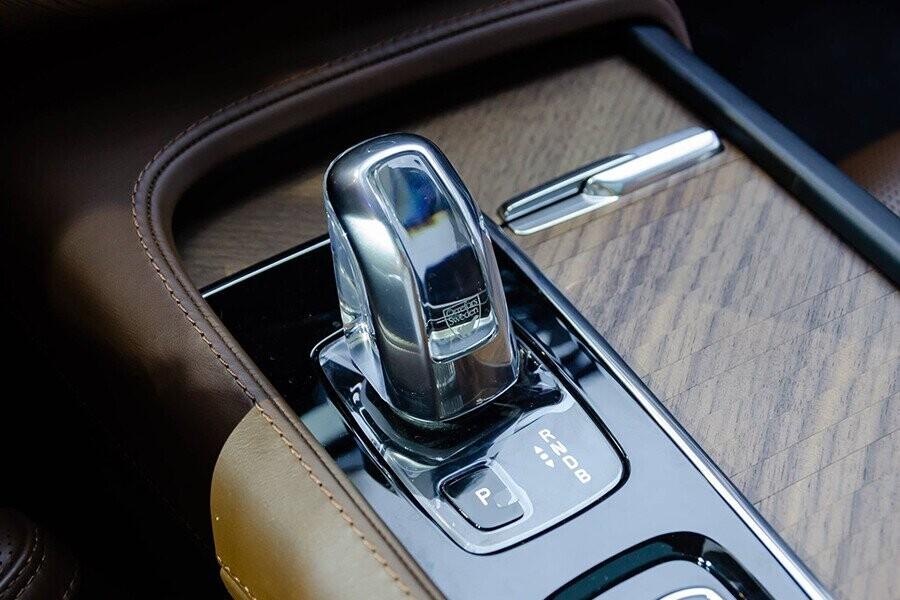 Sử dụng hộp số tự động giúp xe tăng tốc mượt mà
