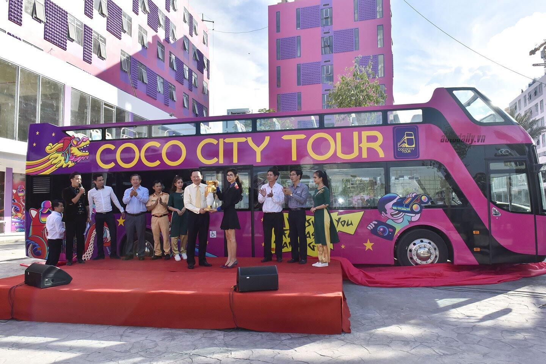 """Vào Đà Nẵng, """"cưỡi"""" xe bus 2 tầng giá 6 tỷ của Thaco - Hình 1"""