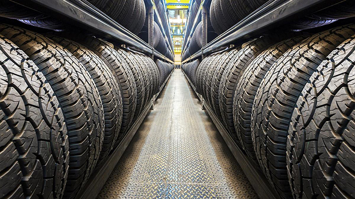 Các nhà sản xuất lốp đều sử dụng cùng một chất hấp thụ là bột các-bon đen