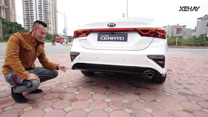 [VIDEO] Chi tiết xe KIA Cerato 2019 bản 1.6 Deluxe giá 635 triệu - Hình 2