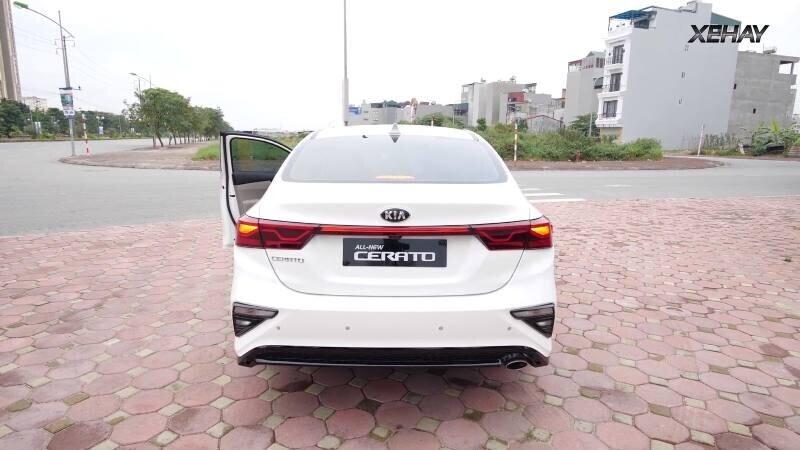 [VIDEO] Chi tiết xe KIA Cerato 2019 bản 1.6 Deluxe giá 635 triệu - Hình 3