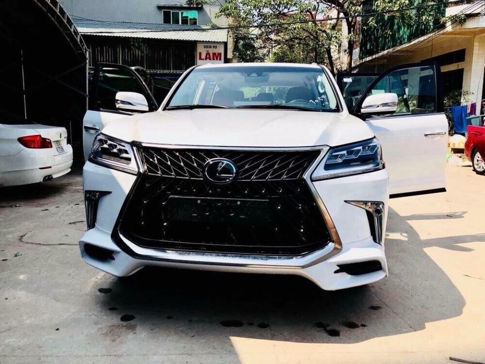 Việt Nam hiện sở hữu 3 chiếc Lexus LX570 Super Sport 2018 - Hình 2
