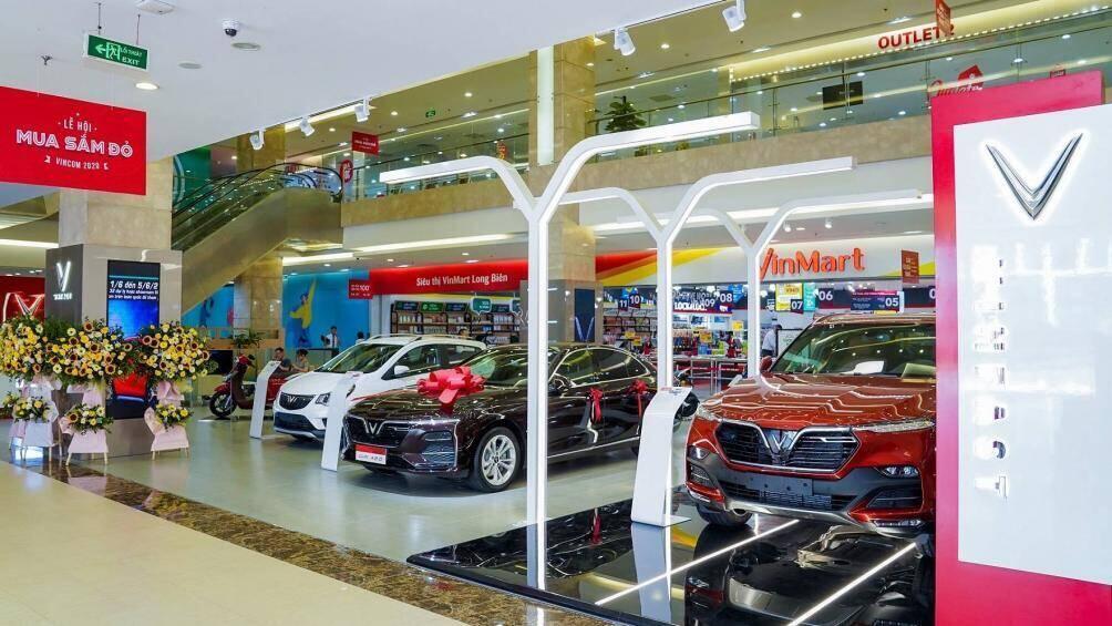 vinfast-dong-loat-khai-truong-27-showroom-moi