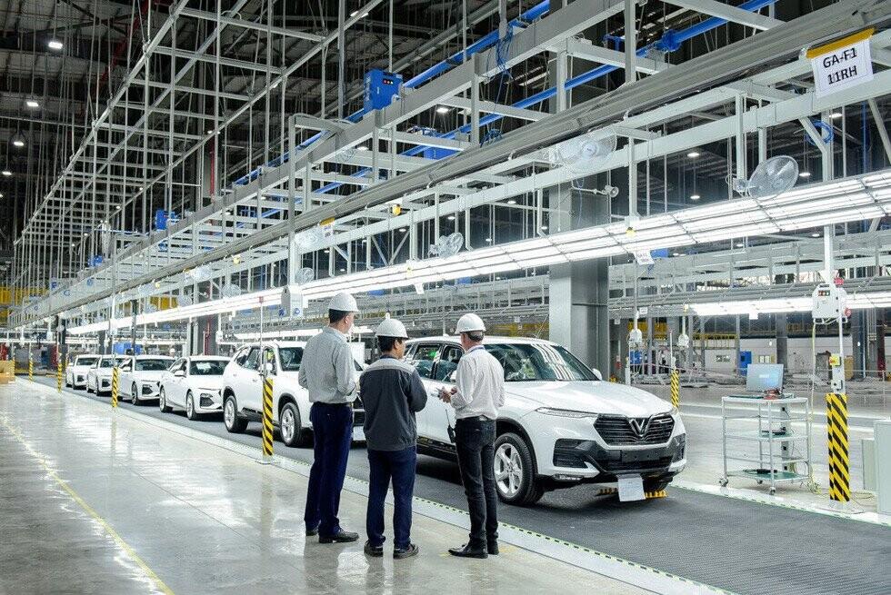 VinFast đưa 115 xe ra nước ngoài kiểm thử chất lượng - Ảnh VF