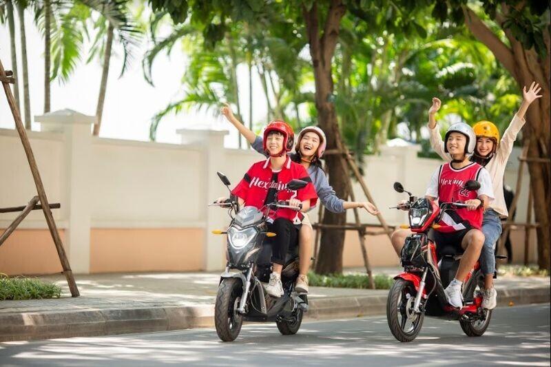 vinfast-mien-phi-1-nam-thue-bao-pin-xe-may-dien-cho-2020-khach-hang
