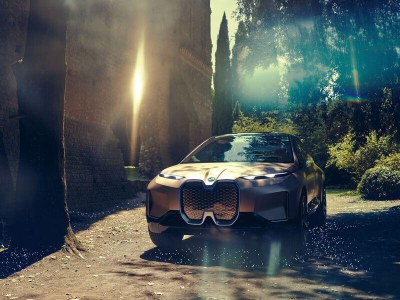 Vison iNext concept - SUV điện tương lai của BMW chính thức được vén màn - Hình 3