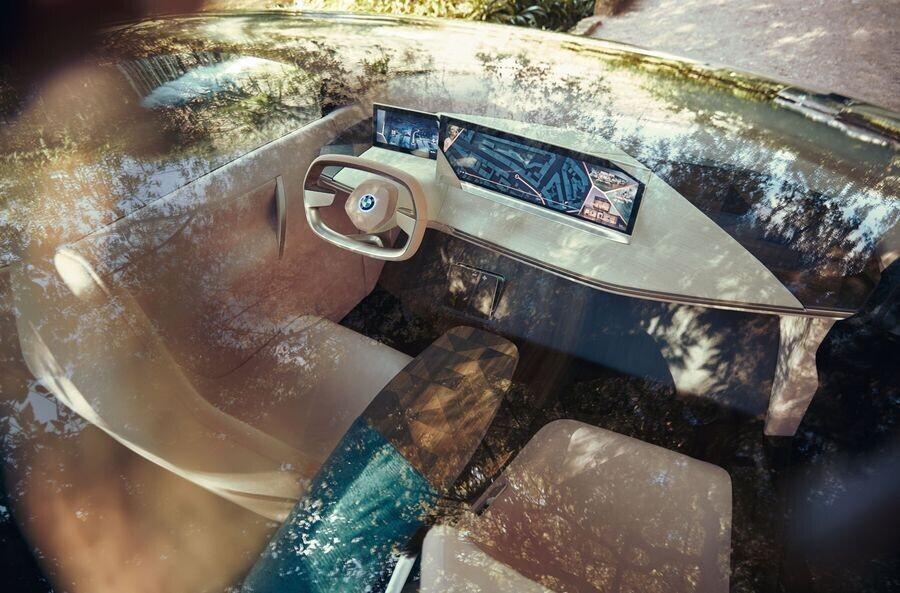 Vison iNext concept - SUV điện tương lai của BMW chính thức được vén màn - Hình 4