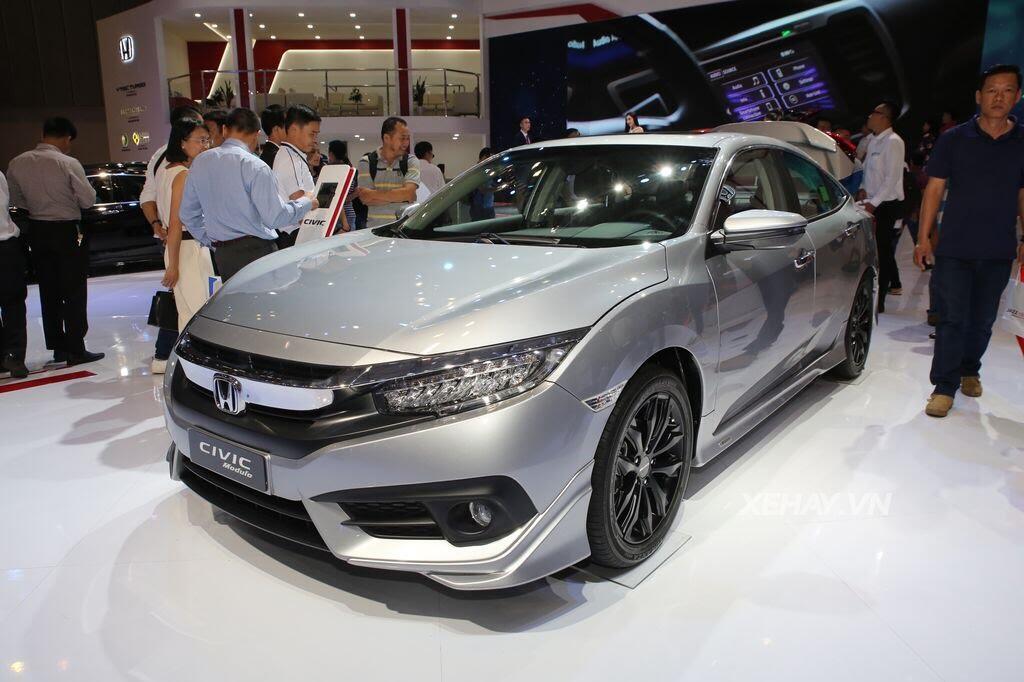 [VMS 2017] Honda Civic Turbo nổi bật nhờ gói độ chính hãng Modulo - Hình 7