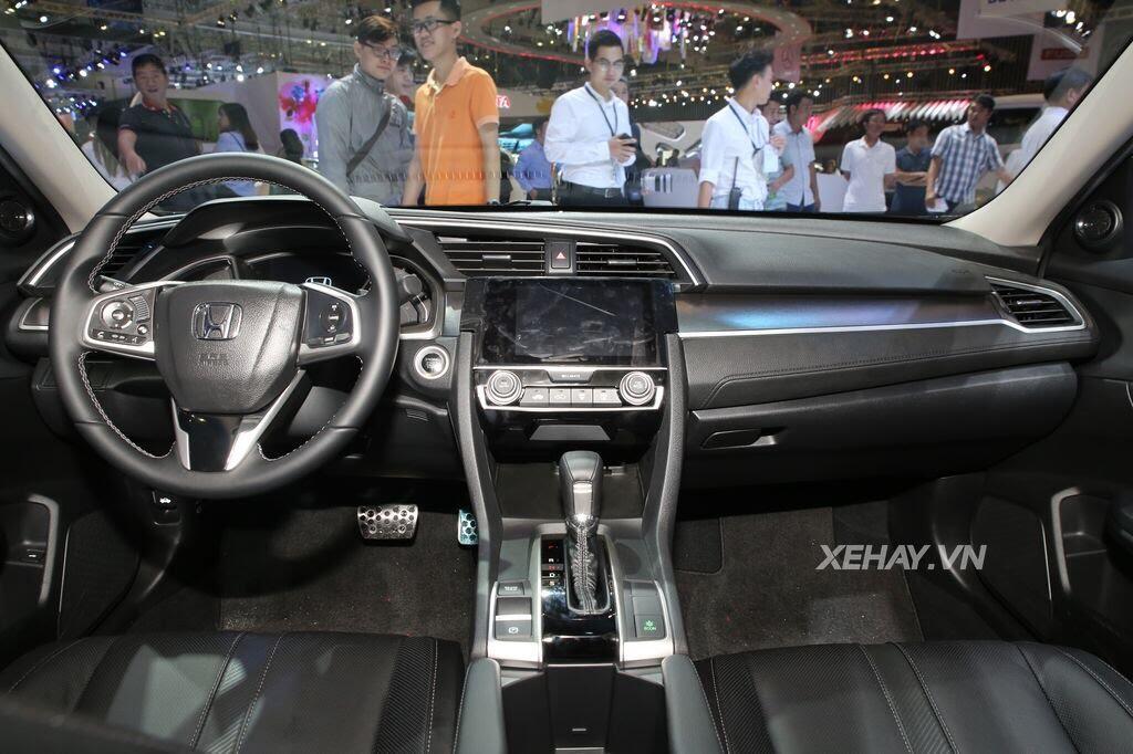[VMS 2017] Honda Civic Turbo nổi bật nhờ gói độ chính hãng Modulo - Hình 8