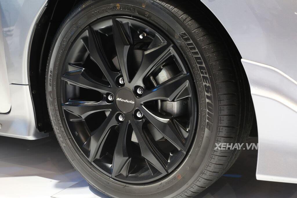 [VMS 2017] Honda Civic Turbo nổi bật nhờ gói độ chính hãng Modulo - Hình 10