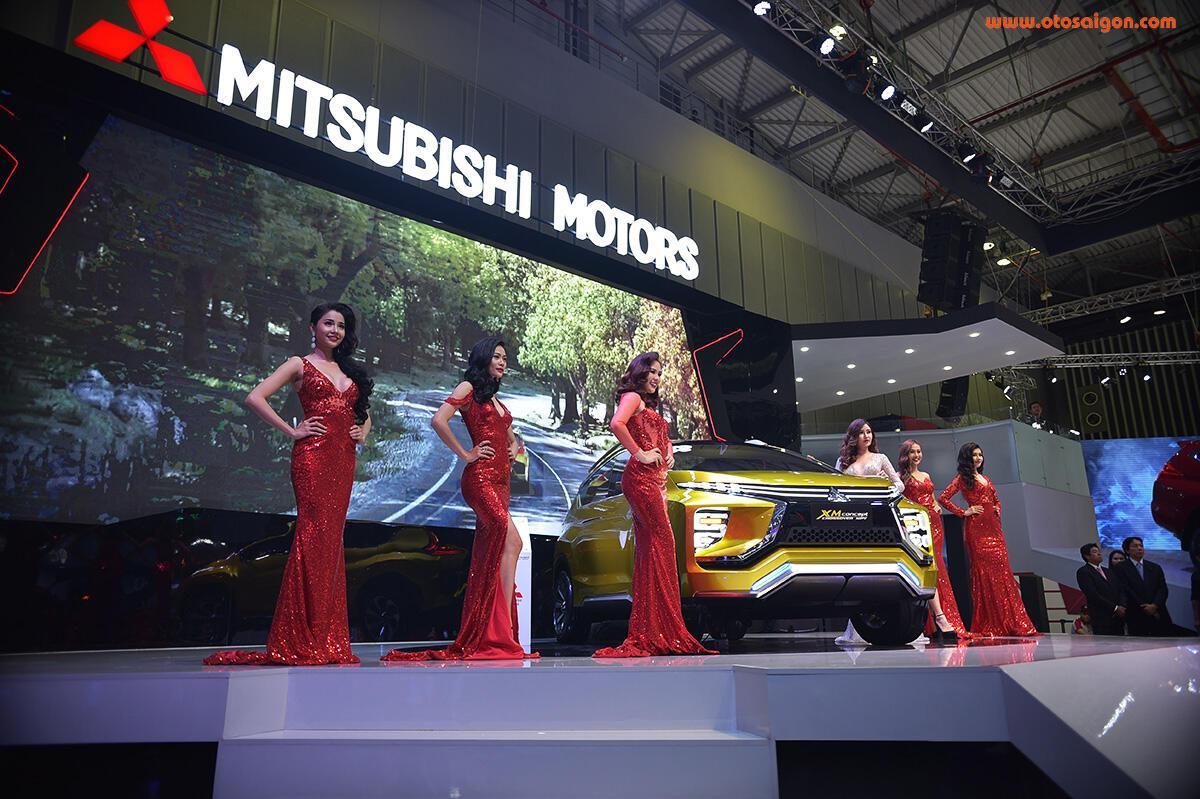 [VMS 2017] Mitsubishi trình làng XM Concept - xe SUV lai MPV - Hình 2