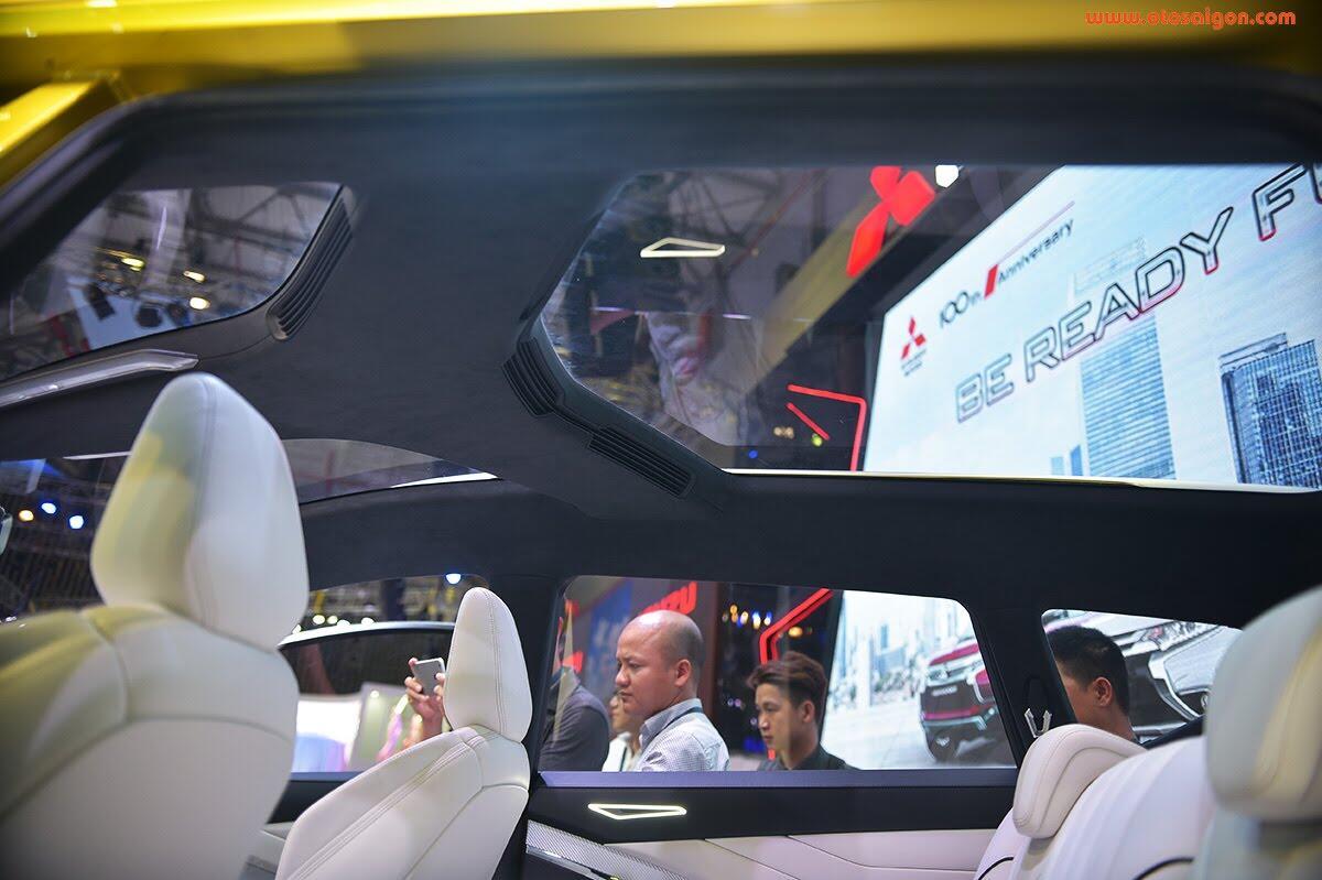 [VMS 2017] Mitsubishi trình làng XM Concept - xe SUV lai MPV - Hình 21