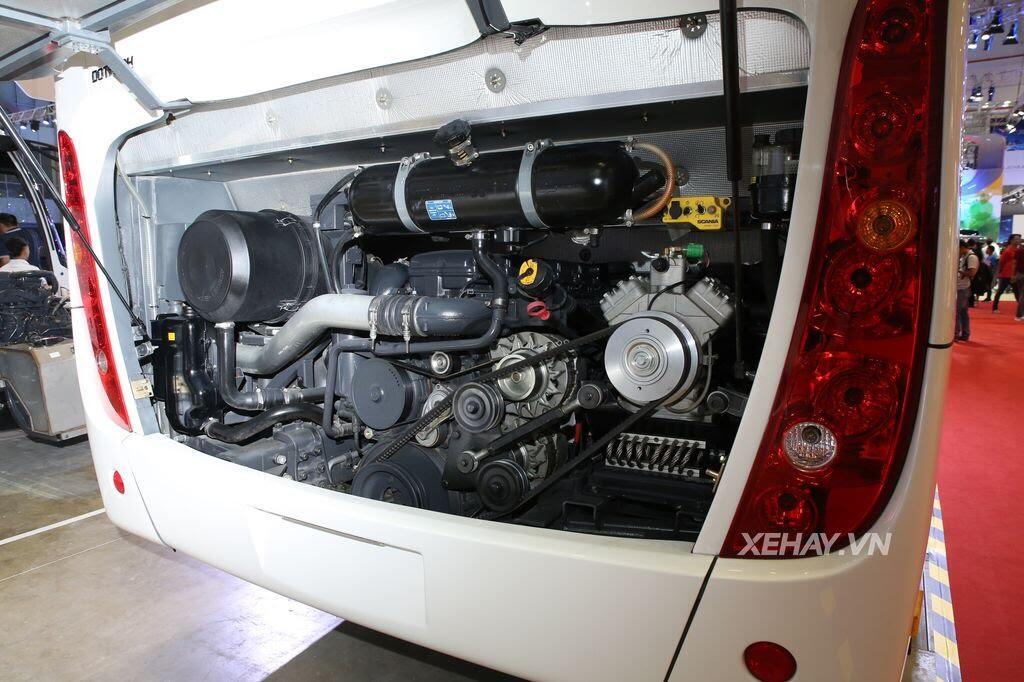 [VMS 2017] Soi chi tiết xe khách hạng sang Scania A50 của Đô Thành Auto - Hình 5