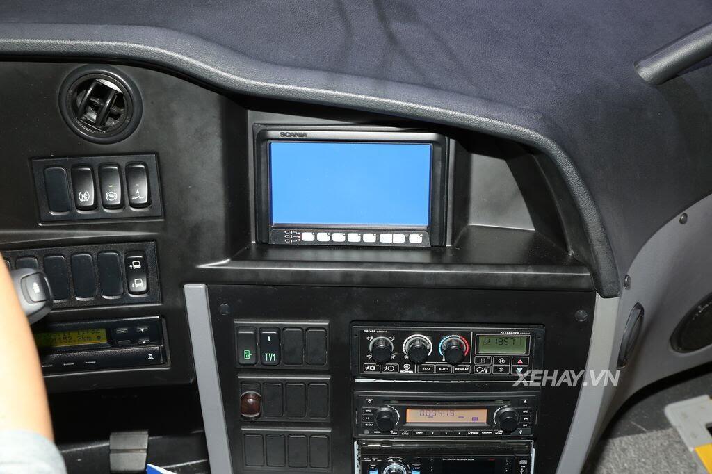 [VMS 2017] Soi chi tiết xe khách hạng sang Scania A50 của Đô Thành Auto - Hình 7