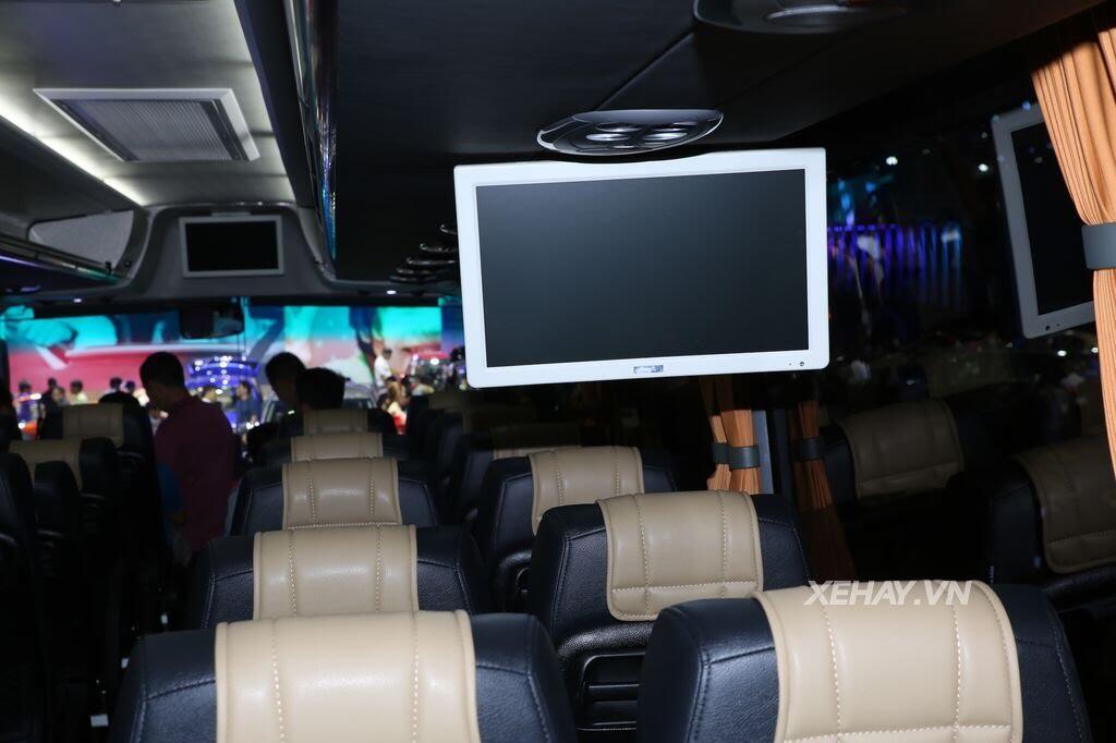 [VMS 2017] Soi chi tiết xe khách hạng sang Scania A50 của Đô Thành Auto - Hình 15