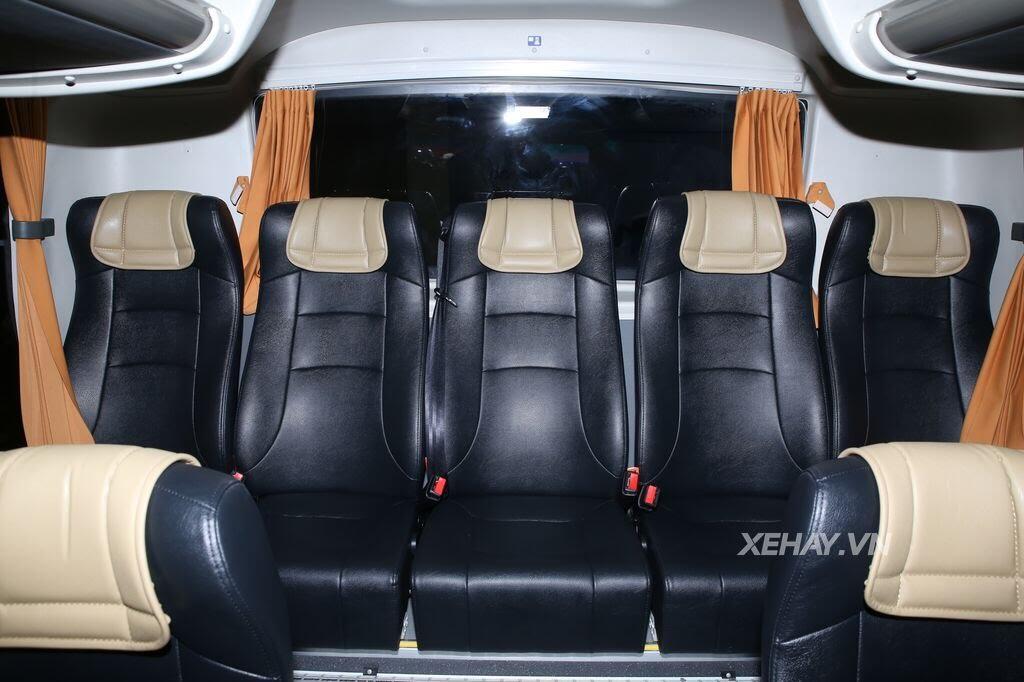 [VMS 2017] Soi chi tiết xe khách hạng sang Scania A50 của Đô Thành Auto - Hình 16