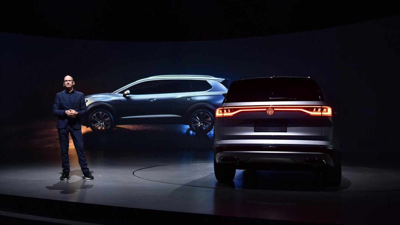 Volkswagen giới thiệu SUV SMV Concept hoàn toàn mới: Dài hơn 5m và lớn hơn cả Touareg - Hình 6