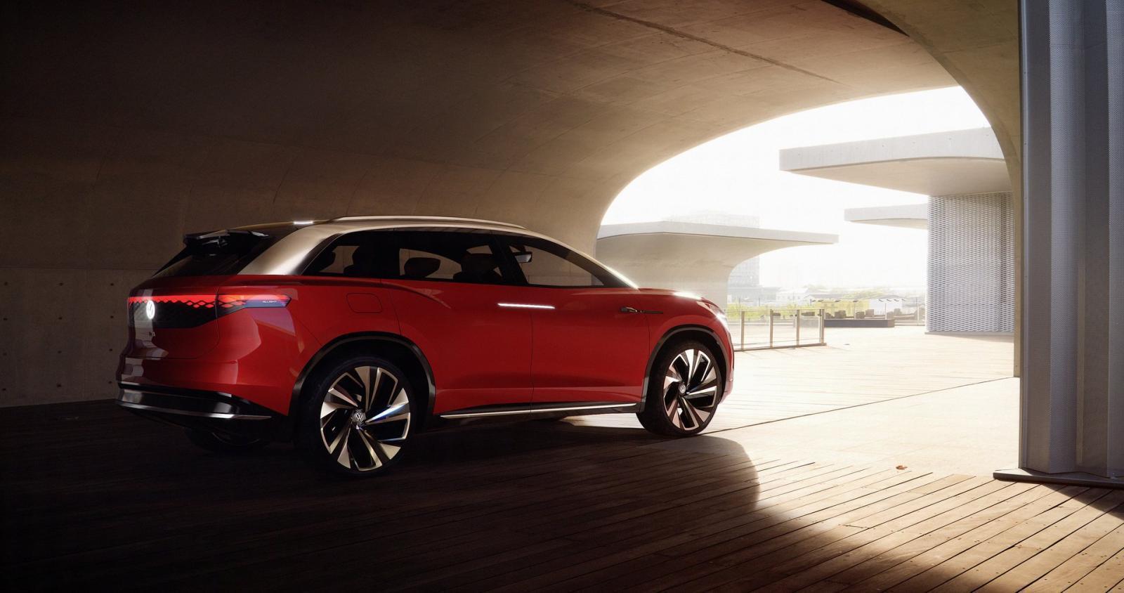 volkswagen-id-roomzz-concept-suv-dien-co-cu-li-di-chuyen-450-km-va-lap-dat-3-hang-ghe-duoc-ra-mat-3.jpg
