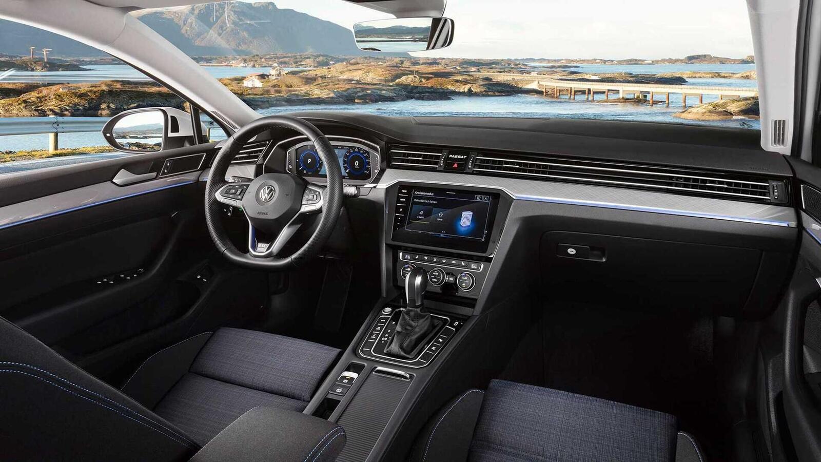 Volkswagen Passat 2020 mới phiên bản châu Âu; thêm đèn LED matrix; tương lai có thể về Việt Nam - Hình 6