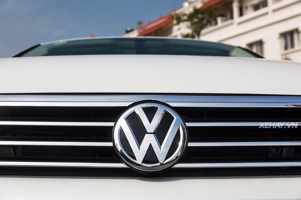 Volkswagen Passat Bluemotion - Làn gió lạ từ nước Đức - Hình 1