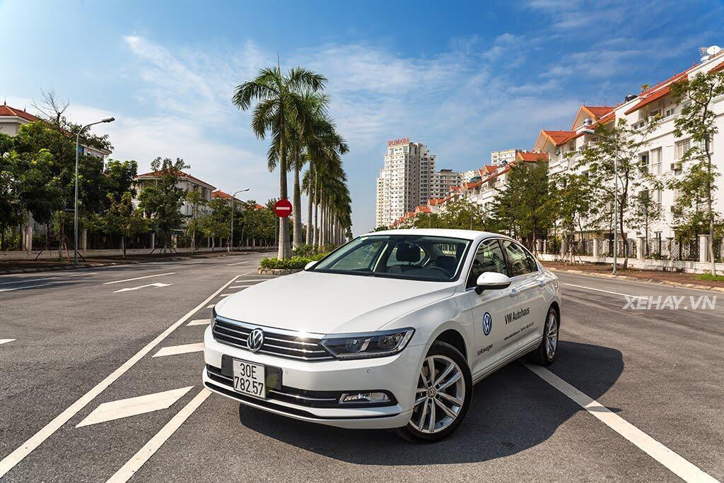 Volkswagen Passat Bluemotion - Làn gió lạ từ nước Đức - Hình 3
