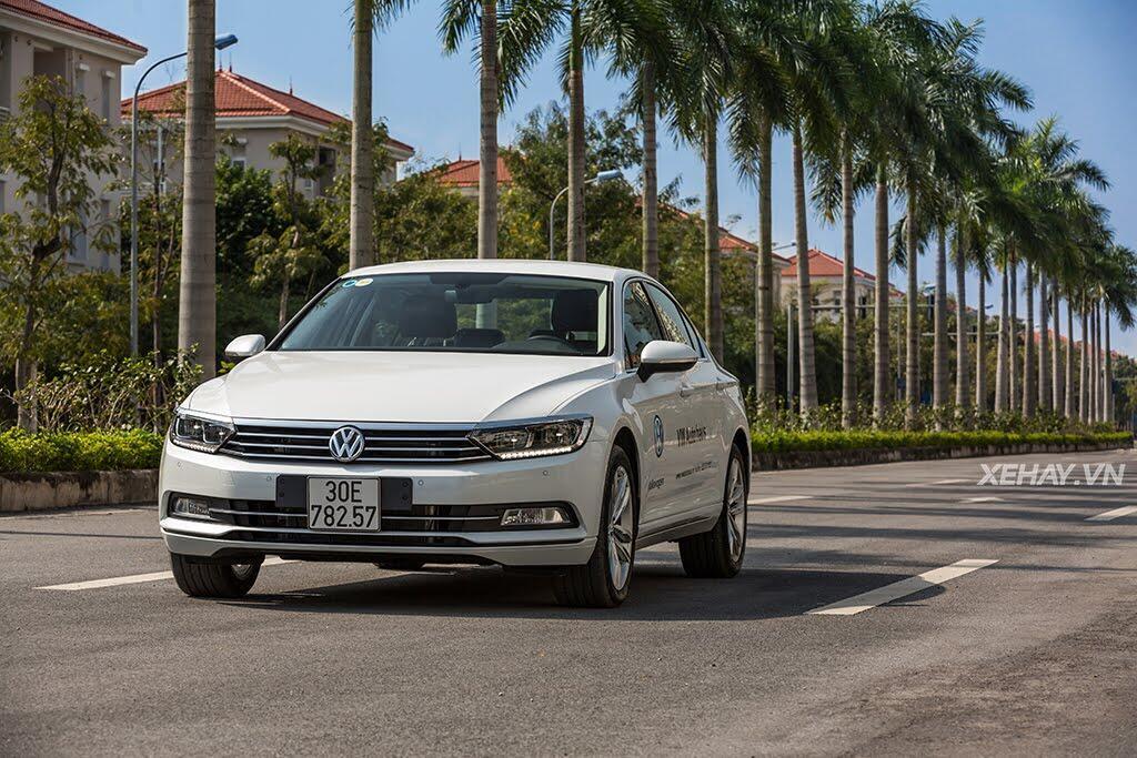 Volkswagen Passat Bluemotion - Làn gió lạ từ nước Đức - Hình 5