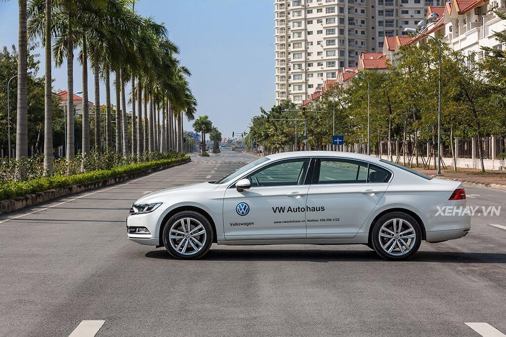 Volkswagen Passat Bluemotion - Làn gió lạ từ nước Đức - Hình 7