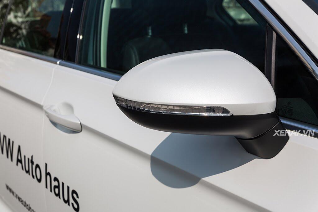 Volkswagen Passat Bluemotion - Làn gió lạ từ nước Đức - Hình 11