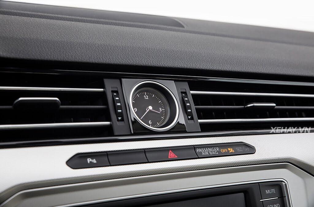 Volkswagen Passat Bluemotion - Làn gió lạ từ nước Đức - Hình 20