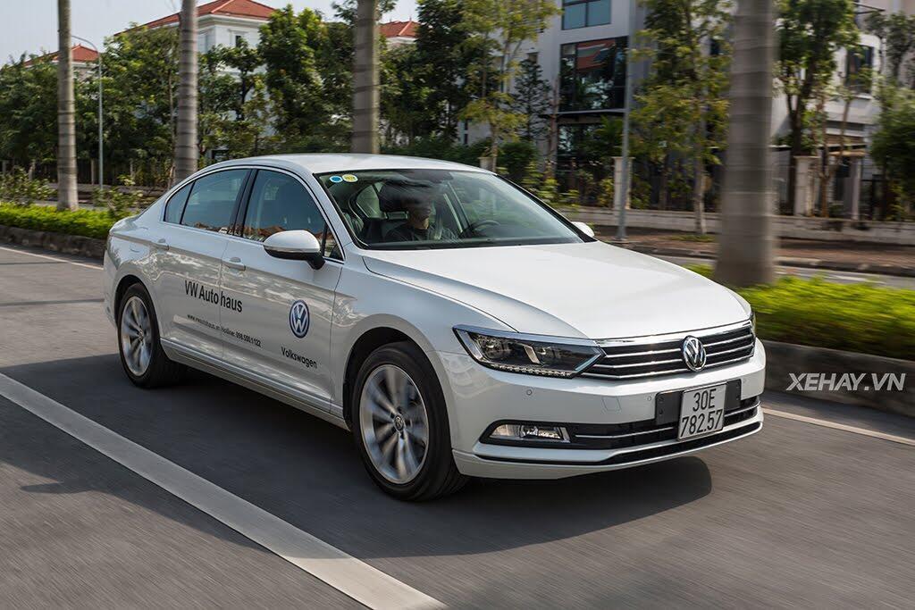 Volkswagen Passat Bluemotion - Làn gió lạ từ nước Đức - Hình 40