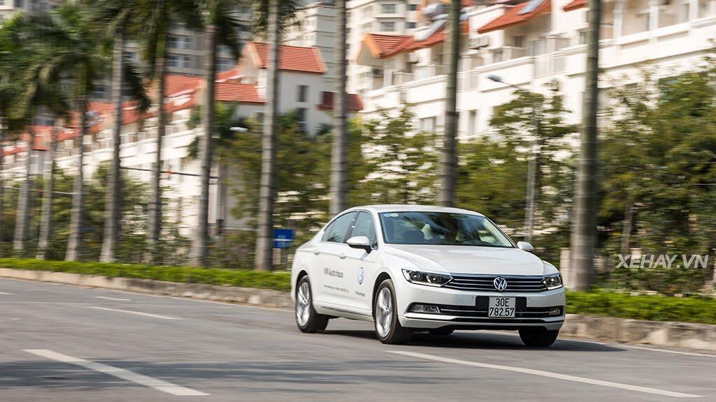 Volkswagen Passat Bluemotion - Làn gió lạ từ nước Đức - Hình 41