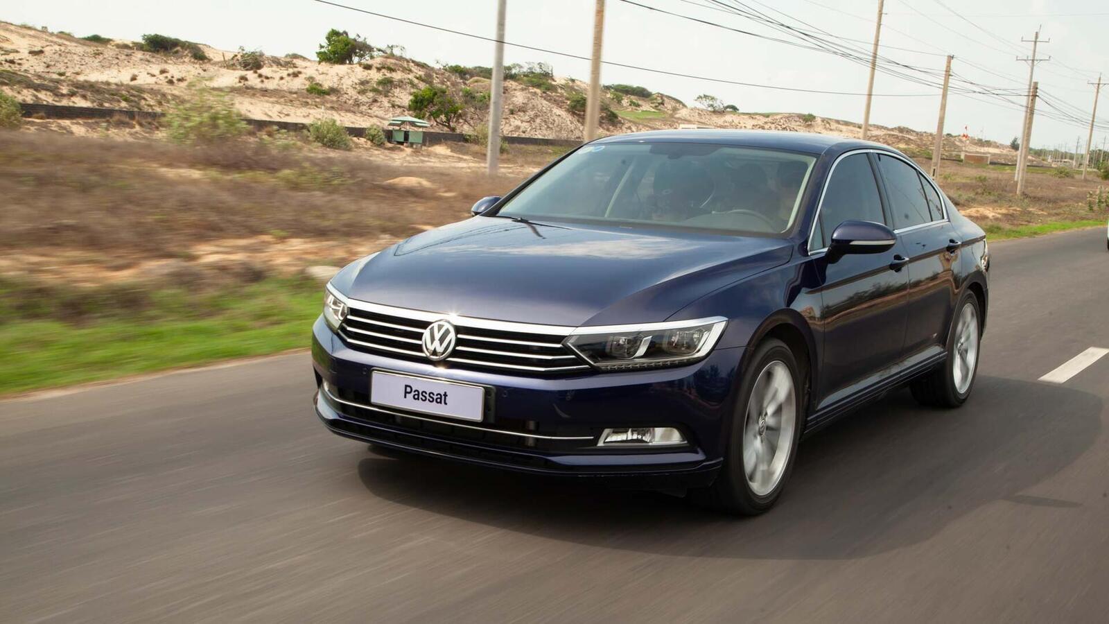 Volkswagen Passat Bluemotion: Lựa chọn xe Đức duy nhất trong phân khúc - Hình 1