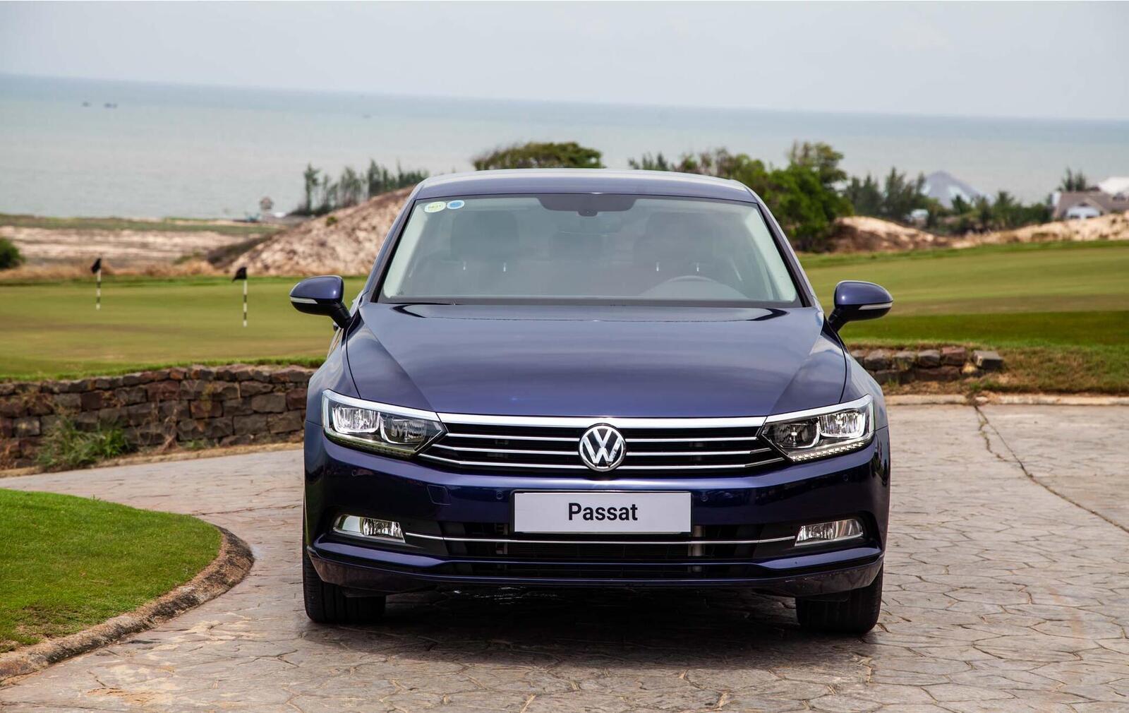 Volkswagen Passat Bluemotion: Lựa chọn xe Đức duy nhất trong phân khúc - Hình 2
