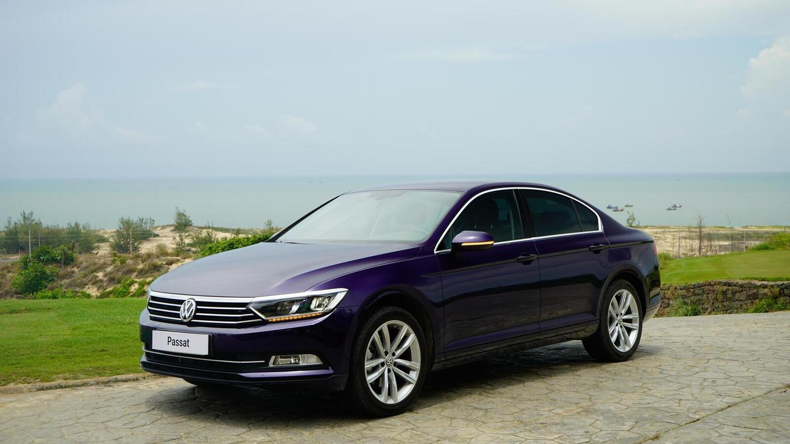 Volkswagen Passat Bluemotion: Lựa chọn xe Đức duy nhất trong phân khúc - Hình 7