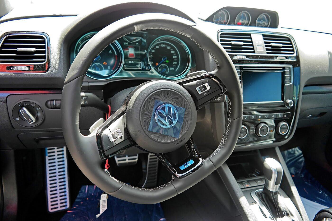 Volkswagen Scirocco R 2017 đầu tiên về Việt Nam - Hình 6